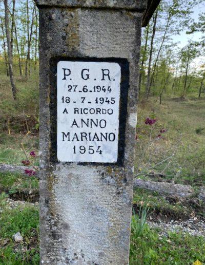 Pilastrino Via Ca' della Selva - La Martina - Dettaglio Iscrizione - Foto di Mauro Paganelli